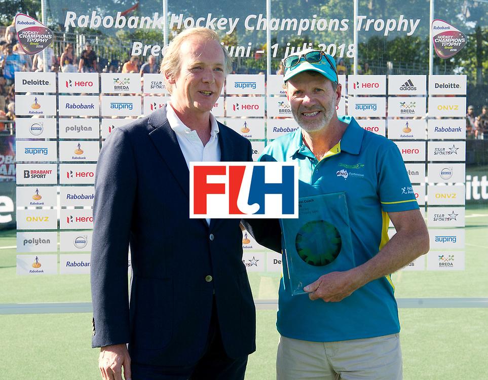 BREDA - Rabobank Hockey Champions Trophy<br /> Final Australia - India<br /> Australia won after shoot outs.<br /> Photo: Colin Batch beste coach.<br /> COPYRIGHT WORLDSPORTPICS FRANK UIJLENBROEK