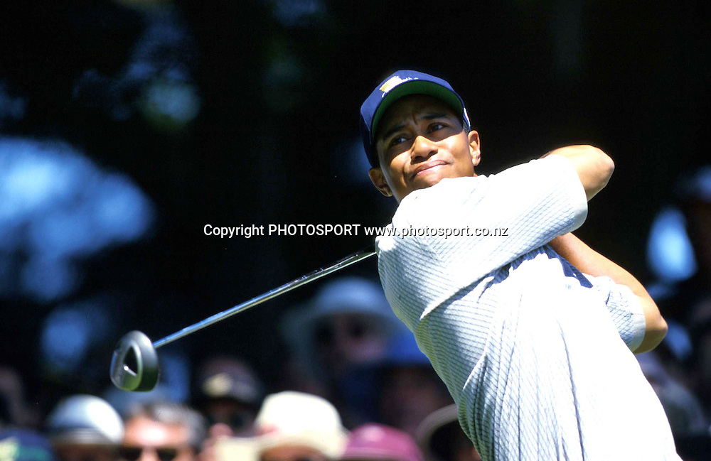 Tiger Woods in action, Presidents Cup, USA golf, 1998. photo: Andrew Cornaga/PHOTOSPORT