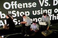 Faculdades Faap, S&atilde;o Paulo, SP - Edi&ccedil;&atilde;o 2011 do evento Social Media Week no pr&eacute;dio de comunica&ccedil;&aring;o da Faap. Foto: Daniel De&aacute;k<br /> Faap college, S&atilde;o Paulo, SP &ndash; 2011 edition of the Social Media Week event at the communication building of Faap college. Photo: Daniel De&aacute;k