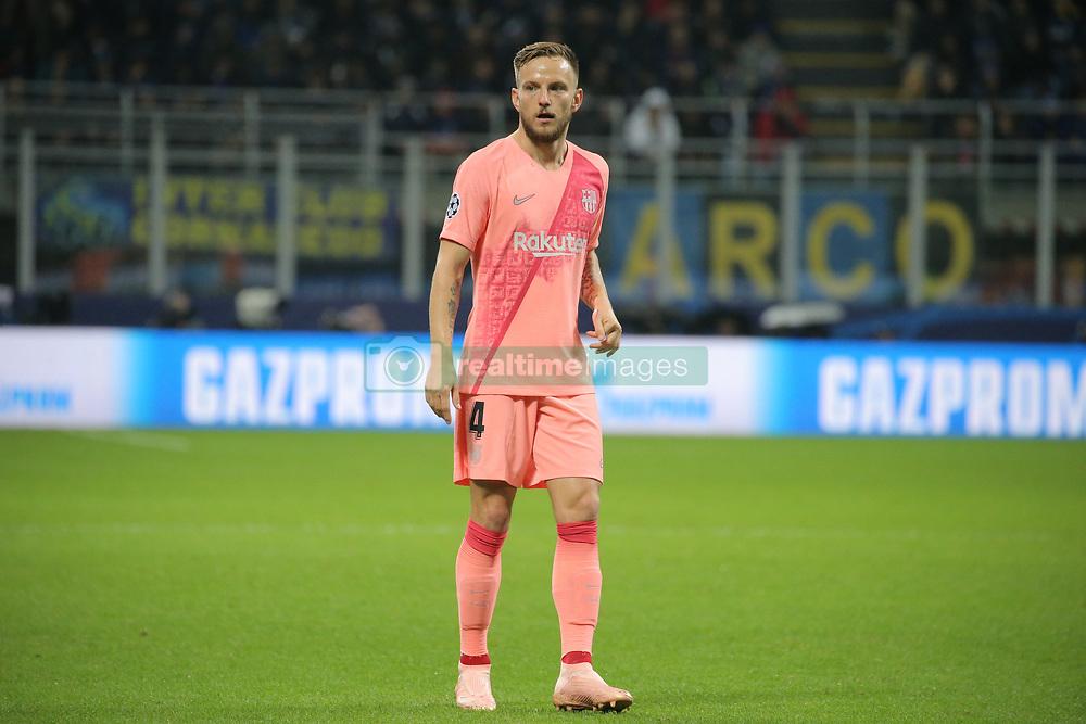 صور مباراة : إنتر ميلان - برشلونة 1-1 ( 06-11-2018 )  20181106-zaa-n230-415
