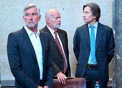 07.05.2019, Landesgericht für Strafsachen, Wien, AUT, Strafprozess gegen ehemaligen Finanzminister Grasser, wegen Bestechungs- und Untreueverdacht bei BUWOG-Privatisierung und Linzer-Terminal-Tower, im Bild (v.l.) Der Angeklagte Walter Meischberger, Anwalt Manfred Ainedter und der Angeklagte Karl Heinz Grasser // during hearing according to supspect of bribery and breach of trust in case of BUWOG-privatisation at the Landesgericht für Strafsachen in Wien, Austria on 2019/05/07. EXPA Pictures © 2019, PhotoCredit: EXPA/ Roland Schlager/APA-POOL