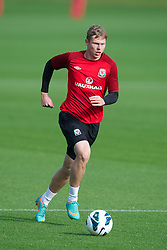 CARDIFF, WALES - Saturday, October 13, 2012: Wales' Simon Church during a recovery training session ahead of the Brazil 2014 FIFA World Cup Qualifying Group A match against Croatia at the Vale of Glamorgan Hotel. (Pic by David Rawcliffe/Propaganda)