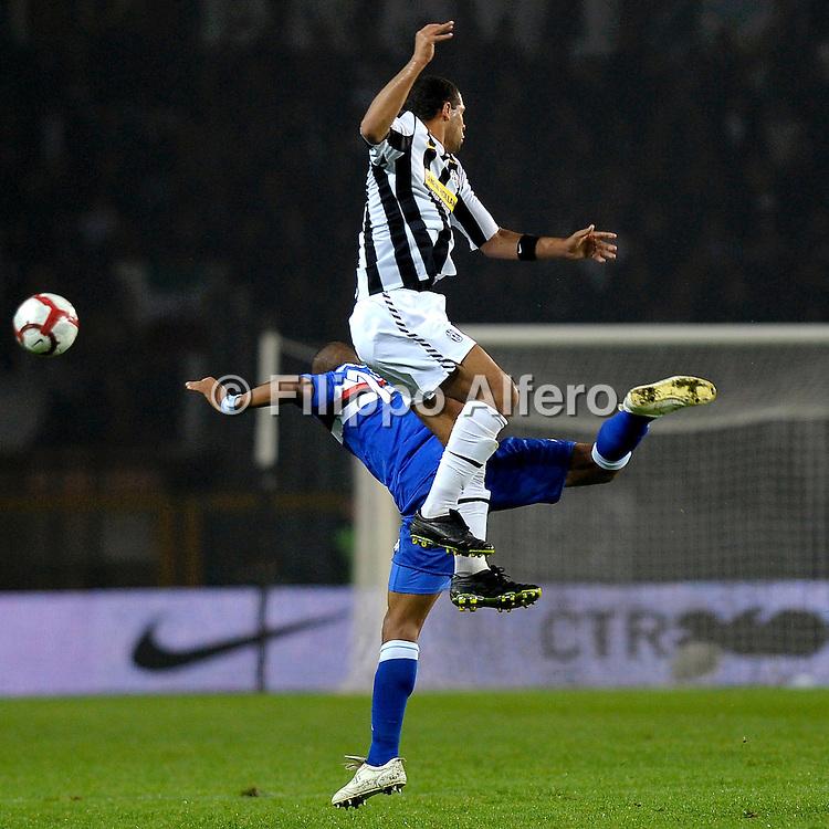 &copy; Filippo Alfero<br /> Juventus vs Sampdoria - Serie A 2009 / 2010<br /> Torino - 28/10/2009<br /> sport calcio<br /> Nella foto: Felipe Melo and Fernando Tissone