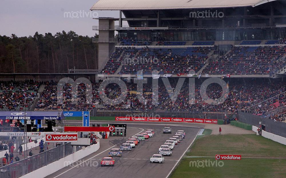 Hockenheim , 090406 , DTM Rennen Hockenheimring  Startaufstellung zum ersten Rennen auf dem Hockenheimring