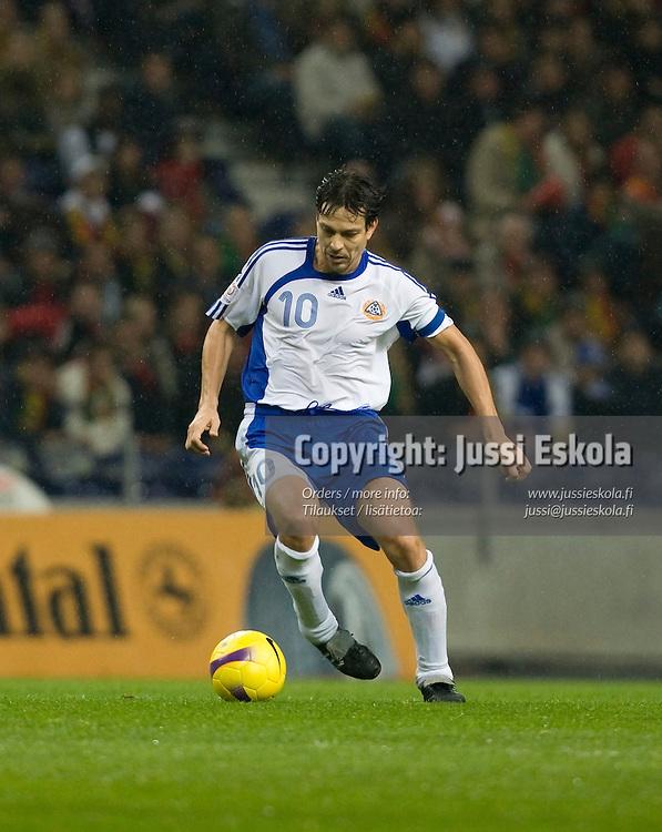 Jari Litmanen. Portugali-Suomi, EM-karsinta, Porto. 21.11.2007. Photo: Jussi Eskola
