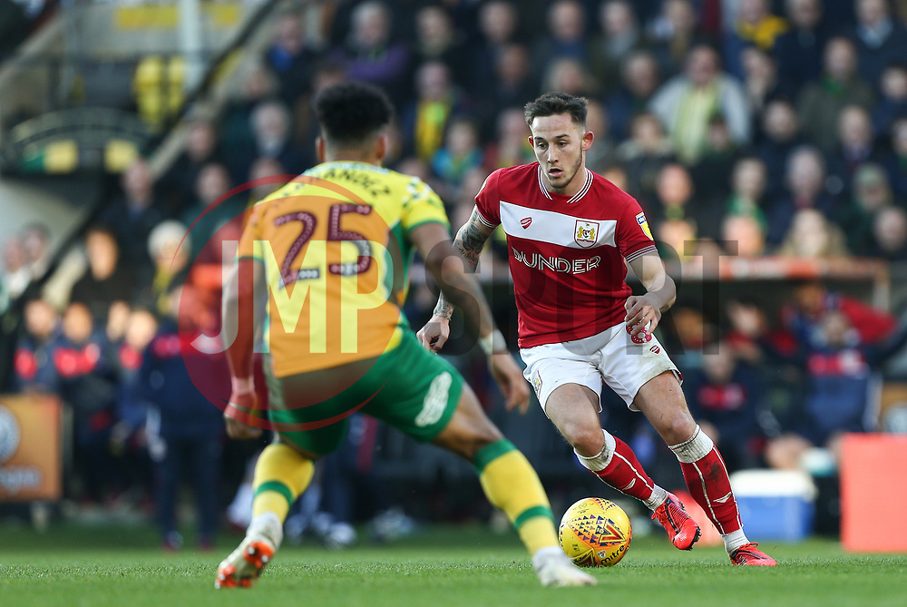 Josh Brownhill of Bristol City on the ball - Mandatory by-line: Arron Gent/JMP - 23/02/2019 - FOOTBALL - Carrow Road - Norwich, England - Norwich City v Bristol City - Sky Bet Championship