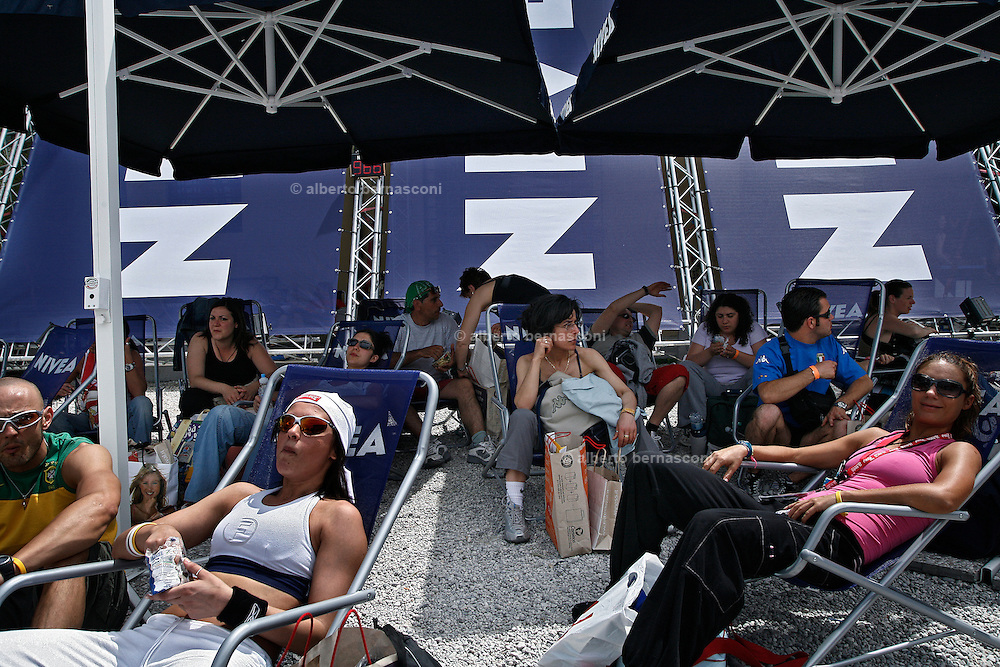 Italy, Florence, Fortezza da Basso, Fitfestival, realxing area, with massage , natural and  energetic drinks