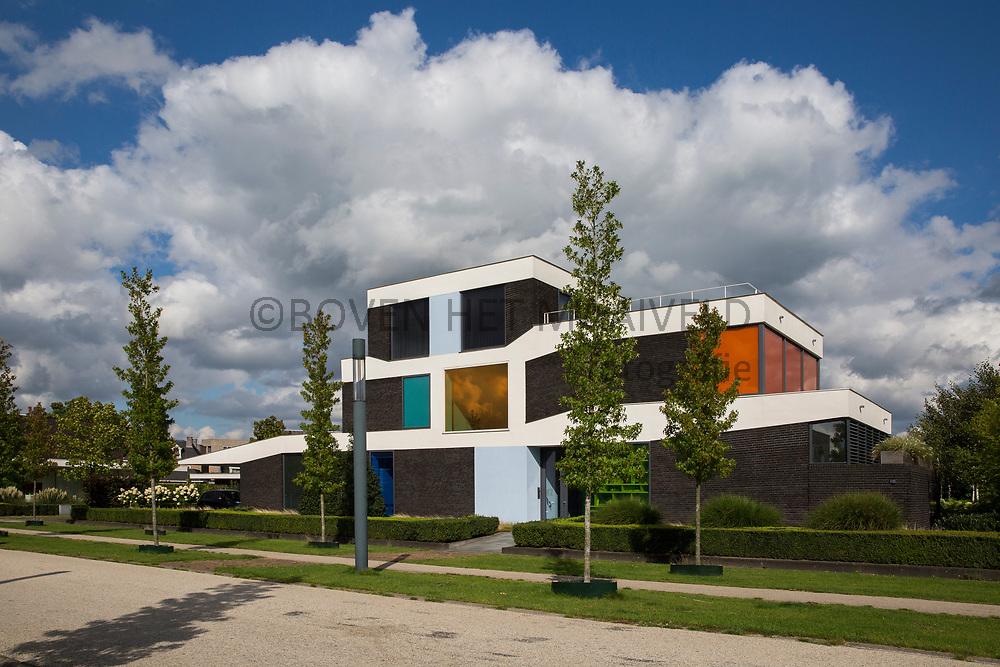 Roombeek Enschede, herbouw na de vuurwerkramp van 13 mei 2000