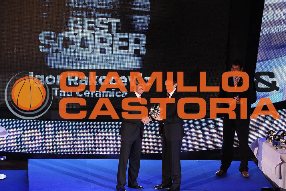DESCRIZIONE : Berlino Eurolega 2008-09 Final Four Euroleague Gala Dinner Cena di Gala Basketball Awards Ceremony<br />GIOCATORE : Jordi Bertomeu Igor Rakocevic <br />SQUADRA : Tau Ceramica <br />EVENTO : Eurolega 2008-2009 <br />GARA : <br />DATA : 02/05/2009 <br />CATEGORIA : ritratto premiazione<br />SPORT : Pallacanestro <br />AUTORE : Agenzia Ciamillo-Castoria/G.C.iamillo<br />Galleria : Eurolega 2008-2009 <br />Fotonotizia : Berlino Eurolega 2008-2009 Final Four Euroleague Basketball Awards Ceremony<br />Predefinita :