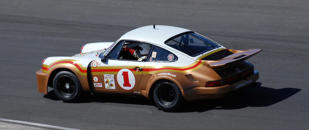 Vintage Porsche, racing at Laguna Seca