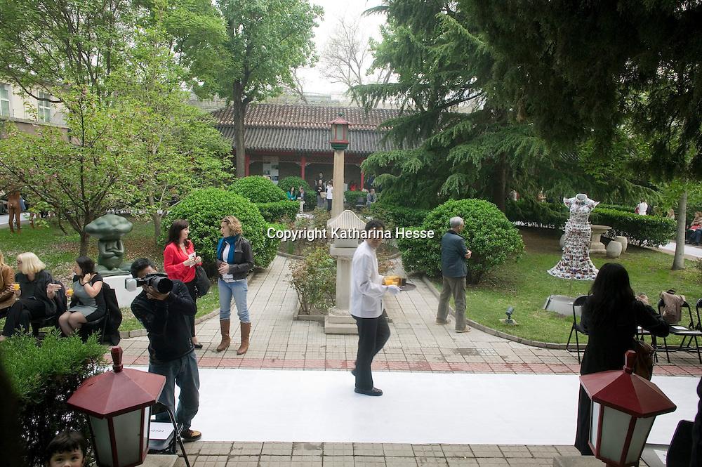 BEIJING, APRIL 21 : Die Residenz des Luxemburgischen Botschafters vor der Kathrin von Rechenberg Show  in Beijing.