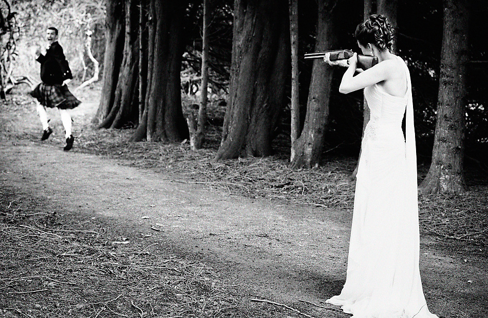 Award winning Dublin wedding photographer Sasson Haviv provides  creative laid back wedding photography.  I'm based in Dublin but also provides wedding photography services all over Ireland.