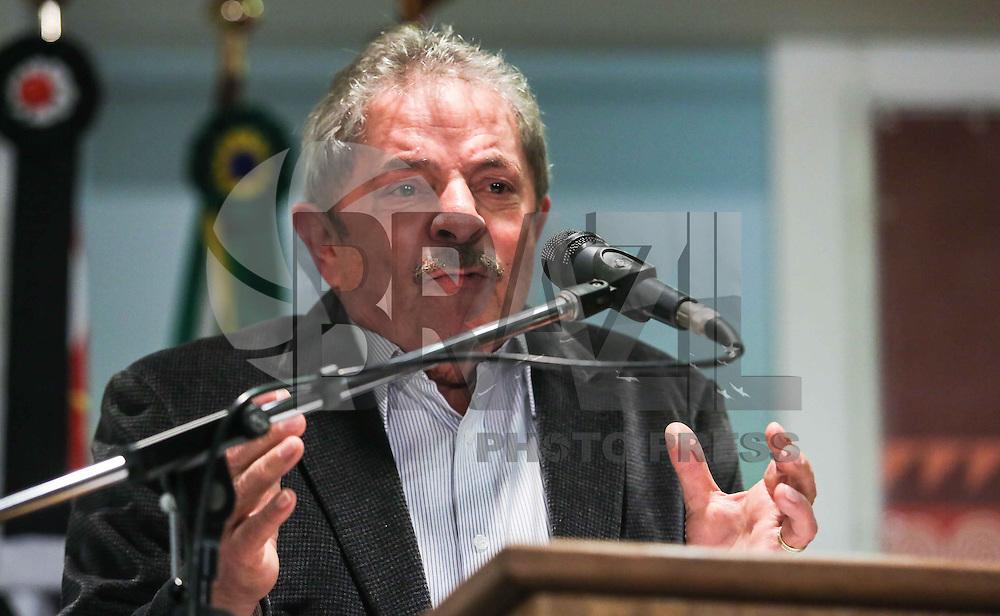 SAO PAULO, SP, 27 MAIO 2013 - LULA DIA DA AFRICA - Luiz Inacio Lula da Silva ex presidente da Republica durante evento D'África-São Paulo, que celebra o Dia da África na sede da prefeitura de Sao Paulo na regiao central da cidade nesta segunda-feira, 27. FOTO: VANESSA CARVALHO - BRAZIL PHOTO PRESS.