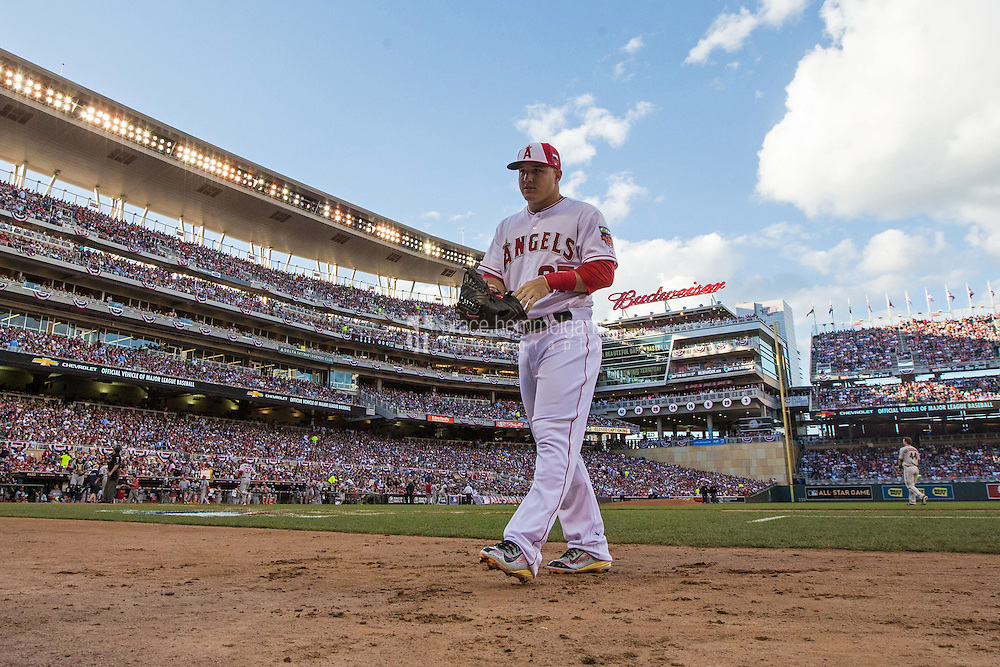 MINNEAPOLIS, MN- JULY 15: American League All-Star Mike Trout #27 of the Los Angeles Angels during the 85th MLB All-Star Game at Target Field on July 15, 2014 in Minneapolis, Minnesota. (Photo by Brace Hemmelgarn) *** Local Caption *** Mike Trout