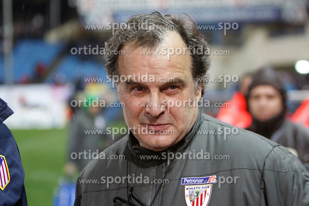 21.03.2012, Vicente Calderon Stadion, Madrid, ESP, Primera Division, Atletico Madrid vs Athletic Bilbao, 29. Spieltag, im Bild Marcelo Bielsa // during the football match of spanish 'primera divison' league, 29th round, between Atletico Madrid and Athletic Bilbao at Vicente Calderon stadium, Madrid, Spain on 2012/03/21. EXPA Pictures © 2012, PhotoCredit: EXPA/ Alterphotos/ Alex Cid-Fuentes..***** ATTENTION - OUT OF ESP and SUI *****