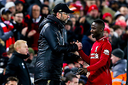 Naby Keita of Liverpool shakes hands with Liverpool manager Jurgen Klopp after being substituted - Mandatory by-line: Robbie Stephenson/JMP - 30/01/2019 - FOOTBALL - Anfield - Liverpool, England - Liverpool v Leicester City - Premier League