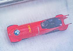 18.01.2020, Olympia Eiskanal, Innsbruck, AUT, BMW IBSF Weltcup Bob und Skeleton, Igls, Bob Zweisitzer, Damen, 1. Lauf, im Bild Mingming Huai, Jiajia Huang (CHN) // Mingming Huai Jiajia Huang of China in action during her 1st run of women's doubles Bobsleigh of BMW IBSF World Cup at the Olympia Eiskanal in Innsbruck, Austria on 2020/01/18. EXPA Pictures © 2020, PhotoCredit: EXPA/ Stefan Adelsberger