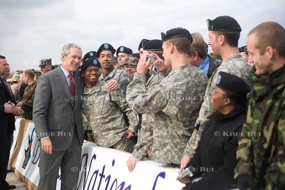 President George W. Bush greets troops at the Delaware Air National Guard base Wednesday, January 24, 2007.<br /> <br /> Khue Bui for Newsweek
