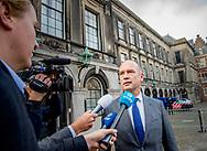 DEN HAAG - Gert-Jan Seegers bij aankomst op het Binnenhof voor onderhandelingen met informateur Gerrit Zalm.  copyright robin utrecht