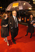 Philip Seymour Hoffman. arrive at the 2006 BAFTA Awards at the Leicester Square Odeon Cinema in London. 19 February 2006.  -DO NOT ARCHIVE-© Copyright Photograph by Dafydd Jones 66 Stockwell Park Rd. London SW9 0DA Tel 020 7733 0108 www.dafjones.com