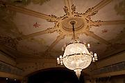 Porto Alegre_RS, Brasil...Fotos do Theatro Sao Pedro. Sala de espetaculos. Na foto detalhe do lustre...Theatro Sao Pedro photos. Room spectacles. In this photo detail of chandelier...Foto: LUIZ FELIPE FERNANDES / NITRO