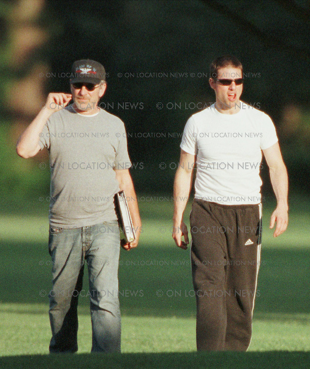 June 24th, 2001 Nuttall, Virginia, USA  ***EXCLUSIVE*** Tom Cruise and Steven Spielberg arrive by helicopter back to thier hotel after a day of filming Minority Report. Photo by Eric Ford 818-613-3955 info@onlocationnews.com