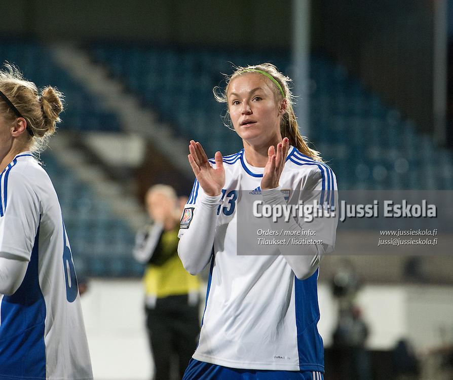 Heidi Kivelä. Suomi - Itävalta. Naisten MM-karsintaottelu, Turku, 25.9.2013. Photo: Jussi Eskola