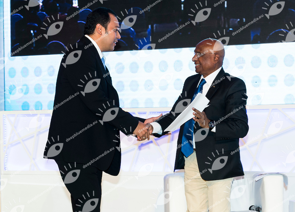 Anton Subowo, President and Director of Brantwood International Limited (L); Sam Ramsamy, FINA Vice President<br /> FINA 3rd World Aquatics Convention<br /> Day3 - Dec.1st<br /> Doha (Qatar) Nov. 28 -Dec. 1 2014<br /> Photo Giorgio Scala / Deepbluemedia