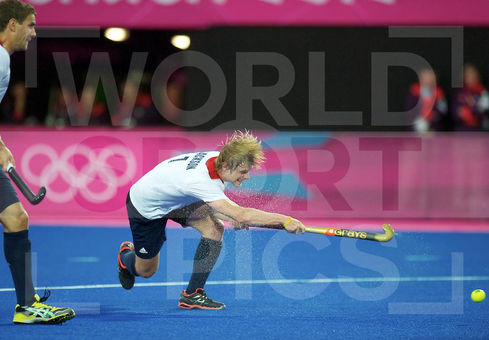 LONDON - Olympische Spelen 2012.men match.Spain v Great Britain.foto: penalty corner Ashley Jackson .FFU PRESS AGENCY COPYRIGHT FRANK UIJLENBROEK.