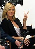 Heidi Klum @ Victoria's Secret Store03/03/2009