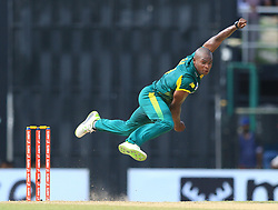 August 12, 2018 - Colombo, Sri Lanka - South African cricketer  Junior Dala delivers a ball during the 5th and final One Day International cricket match between Sri Lanka and South Africa  at R Premadasa International cricket ground, Colombo, Sri Lanka on Sunday 12 August 2018. (Credit Image: © Tharaka Basnayaka/NurPhoto via ZUMA Press)