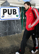 Marcus Horan avoids the pub as he arrives at the ground. Montauban v Munster,  Heineken Cup Pool A match in Montauban, France. 25th Jan 09.