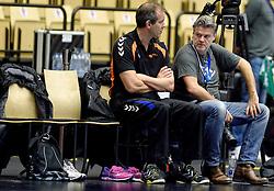 19-12-2015 DEN: World Championships Handball 2015 Training Oranje, Herning<br /> Na een rustige training werd er een persmoment gehouden / Bondscoach Henk Groener, Henk Seppen