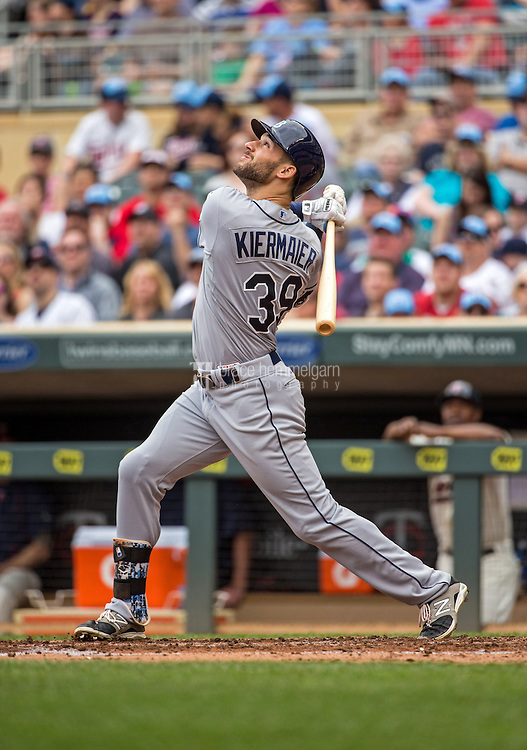 MINNEAPOLIS, MN- MAY 16: Kevin Kiermaier #39 of the Tampa Bay Rays bats against the Minnesota Twins on May 16, 2015 at Target Field in Minneapolis, Minnesota. The Twins defeated the Rays 6-4. (Photo by Brace Hemmelgarn) *** Local Caption *** Kevin Kiermaier
