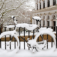 Richmond - England The snowed Bike. The MET office confirmed that the Christmas period has been the coldest for 25 years with temperatures as low as -17C being recorded. Snow and ice continue to cause problems across the UK with many roads and schools remaining closed, and forecasters warning temperatures could plunge as low as -20C overnight.....Standard Licence feee's apply  to all image usage.Marco Secchi  tel +44 (0) 845 050 6211 .e-mail ms@msecchi.com .http://www.marcosecchi.com