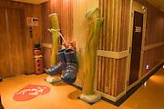 GANG SNOWMAN Love Hotel in Osaka Ikutamateramachi area. Corridor