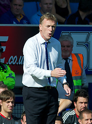 LIVERPOOL, ENGLAND - Saturday, October 1, 2011: Everton's manager David Moyes during the Premiership match against Liverpool at Goodison Park. (Pic by David Rawcliffe/Propaganda)