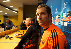 BARCELONA, SPAIN - Monday, April 23, 2012: Chelsea's goalkeeper Petr Cech and manager Roberto Di Matteo during a press conference at the Camp Nou ahead of the UEFA Champions League Semi-Final 2nd Leg match against FC Barcelona. (Pic by David Rawcliffe/Propaganda)