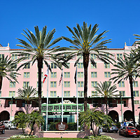 Entrance of The Vinoy Renaissance Hotel in St. Petersburg, Florida <br />