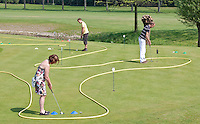 RIJSWIJK- Open Golfdagen 2011 op de Rijswijkse Golfclub. FOTO KOEN SUYK