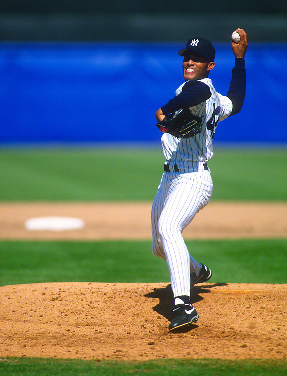 Tampa, FL-1995: Mariano Rivera of the New York Yankees pitches during an MLB spring training game.  (Photo by Ron Vesely)