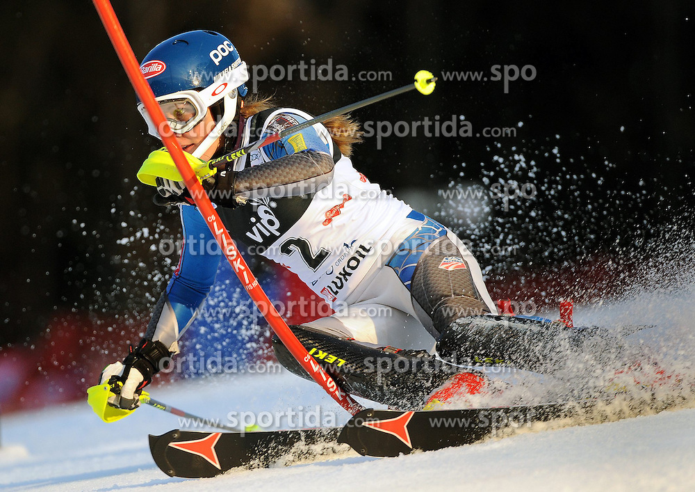 04.01.2013, Crveni Spust, Zagreb, AUT, FIS Ski Alpin Weltcup, Slalom, Damen, 1. Lauf, im Bild Mikaela Shiffrin (USA) // Mikaela Shiffrin of the USA  in action during 1st Run of the ladies Slalom of the FIS ski alpine world cup at Crveni Spust course in Zagreb, Croatia on 2013/01/04. EXPA Pictures © 2013, PhotoCredit: EXPA/ Erich Spiess