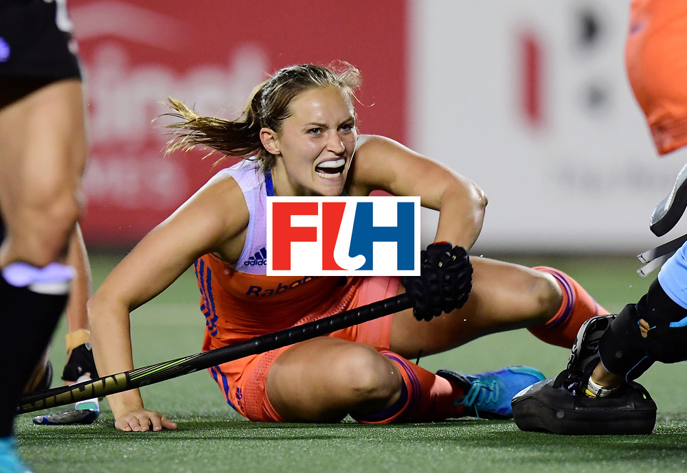 AUCKLAND - Sentinel Hockey World League final women<br /> Match id:10322<br /> 22 NED v NZL (Final)<br /> Foto: Kelly Jonker scores 1-0  <br /> WORLDSPORTPICS COPYRIGHT FRANK UIJLENBROEK