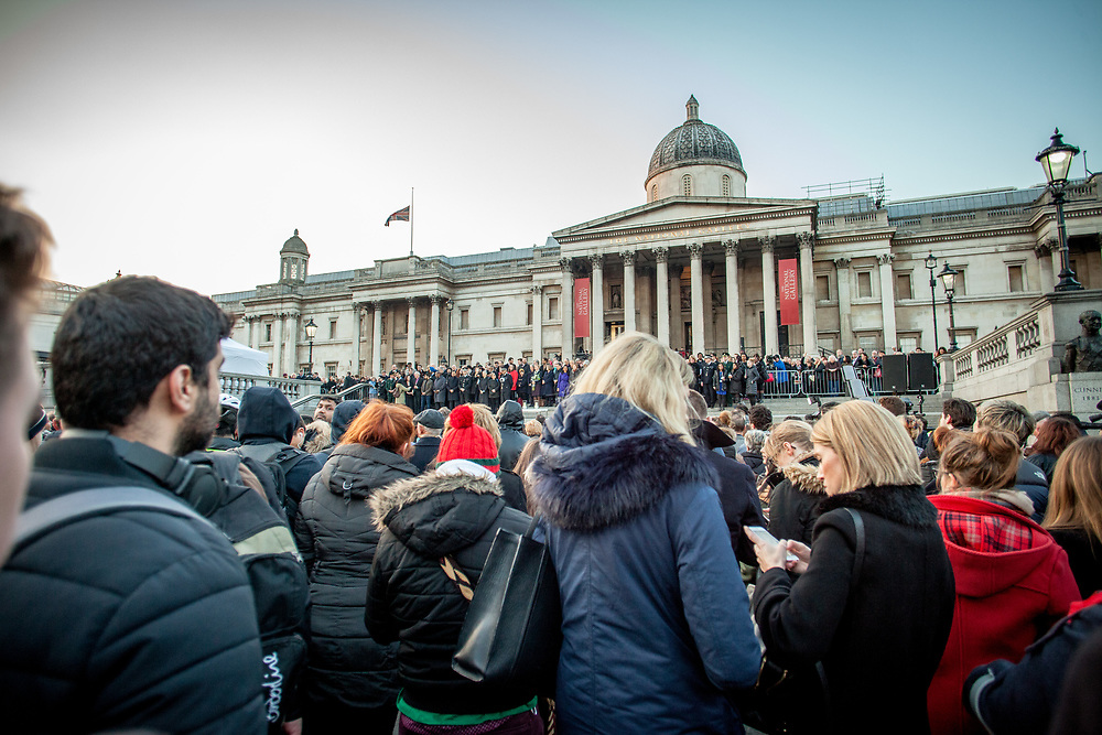 Hundreds of people gathered in a vigil at Trafalgar Square in London to pay homage to those killed and wounded following the terrorist attack on 22 March near the British Parliament. (Photos/Ivan Gonzalez)