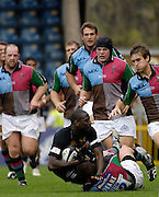 Wycombe, GREAT BRITAIN, Wasps Paul SACKEY Charge is tackled by Quins Mel DEANE, during the Guinness Premiership match, London Wasps vs NEC Harlequins, at Adams Park,  Wycombe, ENGLAND, 17/09/2006. [Photo, Peter Spurrier/Intersport-images].