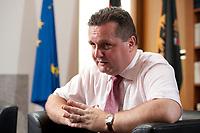 09 JUL 2010, BERLIN/GERMANY:<br /> Stefan Mappus, CDU, Ministerpraesident Baden-Wuerttemberg, waehrend einem Interview, Landesvertretung Baden-Wuerttemberg<br /> IMAGE: 20100709-02-032