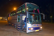 16-03-2012 : De bus van Willem II supporters op parkeerplaats 'De Paal' op de A1 waar een steen door de ruit was gegooid door de supporters van Go Ahead Eagles na afloop van de wedstrijd tegen Willem II