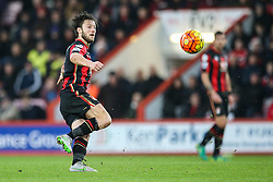 Harry Arter of Bournemouth keeps the pressure on Crystal Palace - Mandatory by-line: Jason Brown/JMP - Mobile 07966 386802 26/12/2015 - SPORT - FOOTBALL - Bournemouth, Vitality Stadium - AFC Bournemouth v Crystal Palace - Barclays Premier League