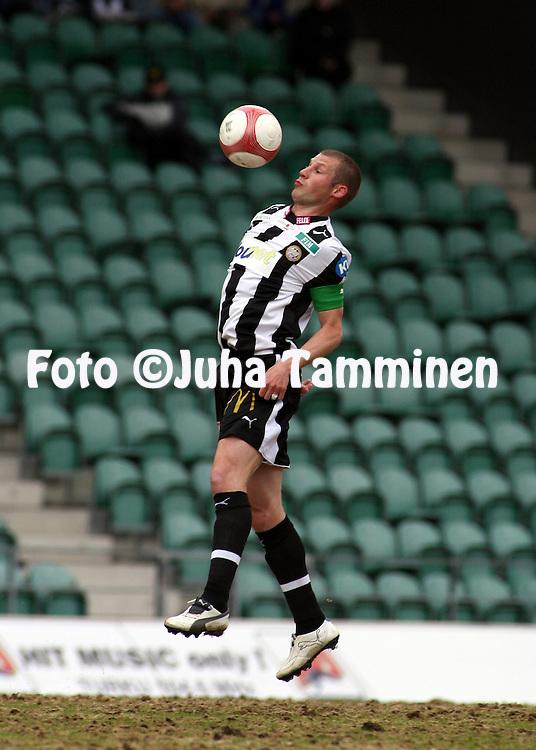 25.05.2006, Veritas Stadion, Turku, Finland..Veikkausliiga 2006 - Finnish League 2006.FC TPS Turku - Myllykosken Pallo-47.Jussi Nuorela - TPS.©Juha Tamminen.....ARK:k