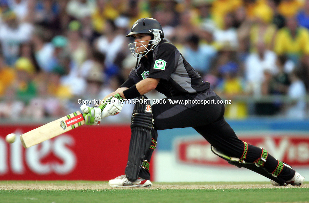 New Zealand opening batsman Lou Vincent sweeps during his innings of 66 at the one day international cricket match between New Zealand and Australia at the WACA ground in Perth on Sunday 28 January, 2007. Australia made 343/5 after winning the toss and batting first and in reply New Zealand scored 335/5. Australia won by 8 runs. Photo: Andrew Cornaga/PHOTOSPORT<br /><br /><br /><br />280107